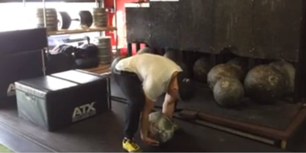 strongman atlas stones rehabilitation fysiotherapie