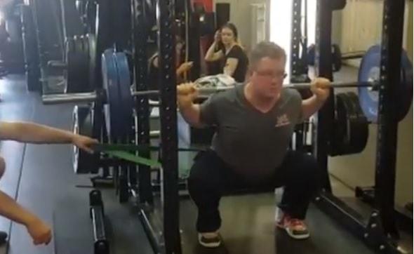 Hip shift barbell squat